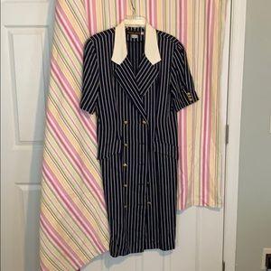Donna Ricco navy dress